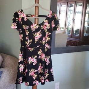90s style floral dress!
